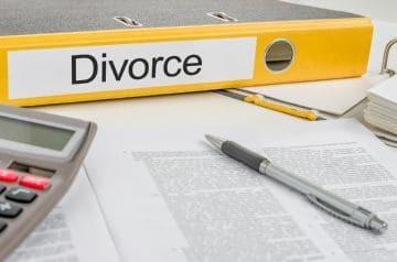 Как оформить развод, если супруги живут в разных городах?