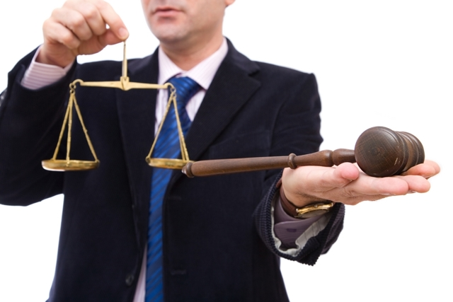 Состав суда в гражданском процессе: определение состава, полномочия