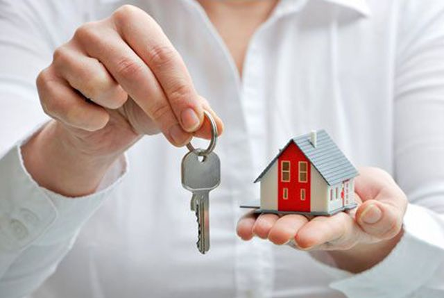 Дарение недвижимости (образец договора 2020): порядок оформления дарственной