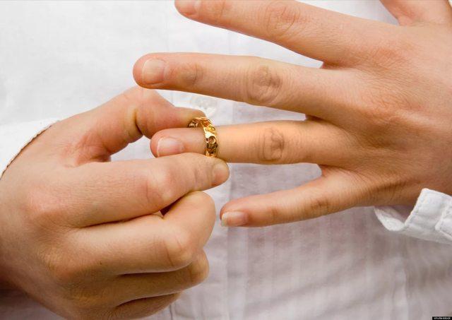 Момент прекращения брака при его расторжении в суде и органах ЗАГСа: порядок, сроки и правовые последствия