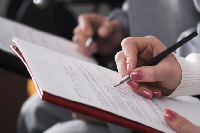 Как оформить алименты на ребенка: через нотариус, в суде