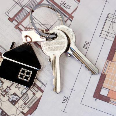 Дарение чужому человеку (образец договора): налог при дарении квартиры, порядок оформления дарственной