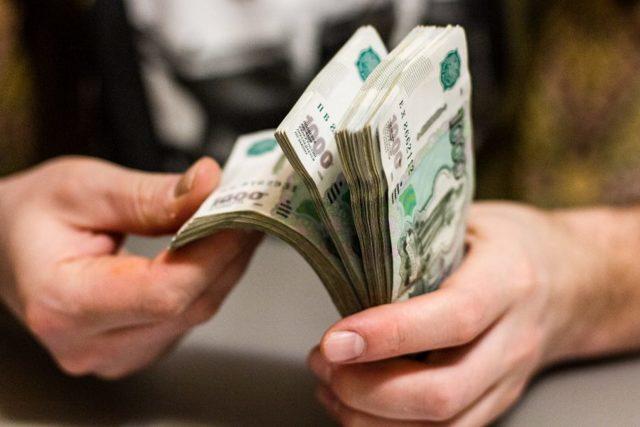 Договор дарения или купли-продажи: что выгоднее, чем отличаются