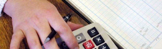 Срок выплат алиментов работодателем: по исполнительному листу или соглашению, сроки перечисления алиментов бухгалтерией
