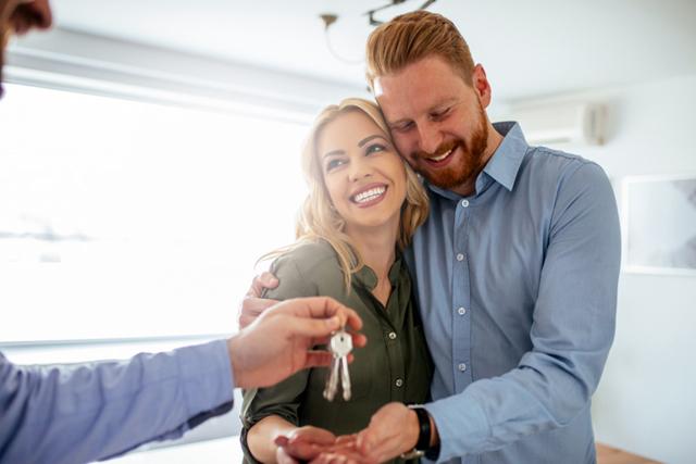 Раздел подаренного имущества при разводе супругов: порядок раздела полученного в дар имущества, полученное в браке и по договору дарения
