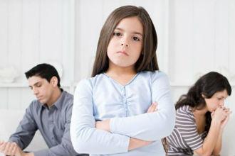 Лишение родительских прав матери: основания, исковое заявление (образец), характеристика