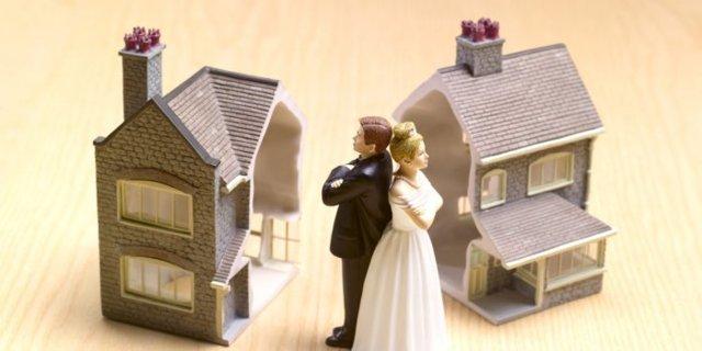 Как делится материнский капитал при разводе: права мужа или отца ребенка на квартиру купленную со средств материнского капитала