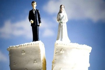 Как быстро развестись в 2020 году: в ЗАГСе или в суде