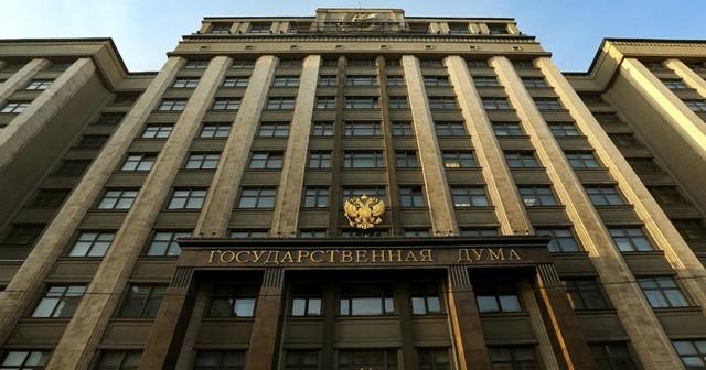 Единая Россия предложила установить единый стандарт работы и системы зарплат медикам