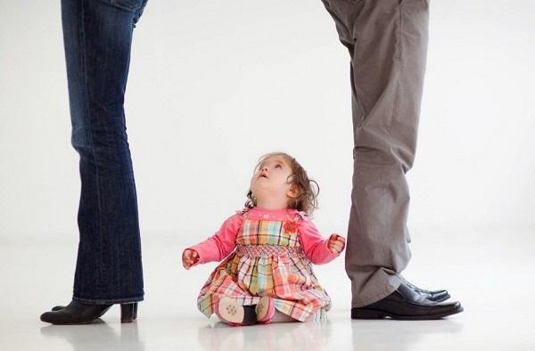 Развод с мужем при наличии несовершеннолетних детей